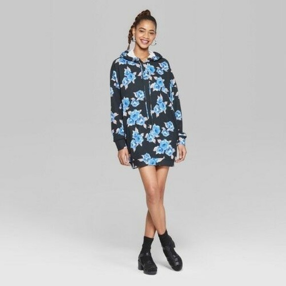 NWT Wild Fable Long Sleeve Floral Hoodie
